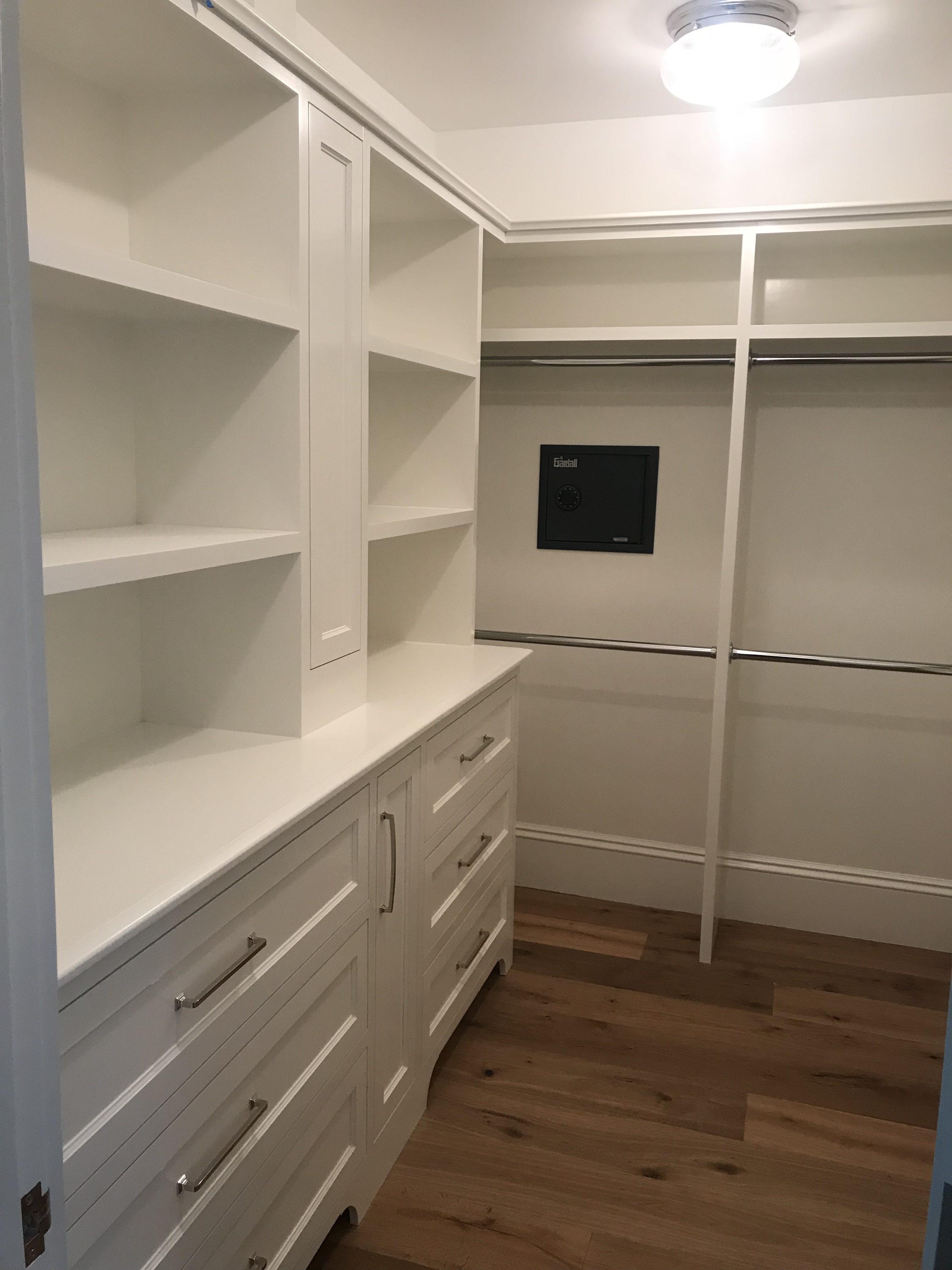 4.6.18 master closet (2)